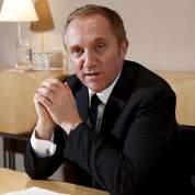Pinault n'achète pas Burberry