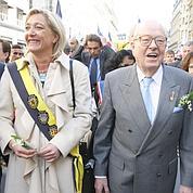 Le Pen garde la main sur les finances du FN