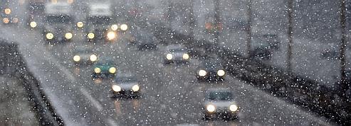 Neige et verglas : l'Etat prend toutes ses précautions