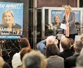 Dédiabolisation. A force de percée médiatique, la viceprésidente du FN s'est fait un prénom au point d'effacer le nom du père sur les affiches de sa campagne. (Jean-Philippe Ksiazek/AFP)