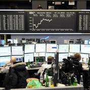 Les dettes dégradées, les marchés stoïques