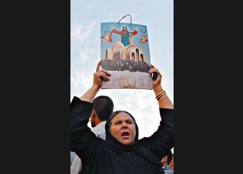 <strong>Manifester.</strong> Au Caire, des coptes en colère après la décision des autorités d'interrompre la construction d'une nouvelle église.
