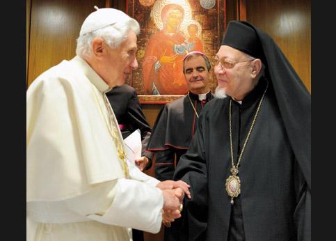 <strong>Communion d'esprit.</strong> À Rome, Benoit XVI et Mgr Antonios Naguib, patriarche des coptes catholiques.