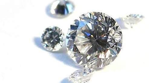 Le marché du diamant est en progression de 5% par an.