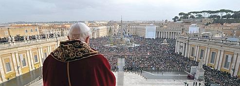 Benoît XVI dénonce la persécution des chrétiens