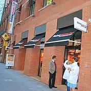 Les distributeurs se ruent en centre-ville
