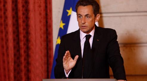 Nicolas Sarkozy préfère que les syndicats et les partis politiques débattent du coût du travail plutôt que des 35 heures.