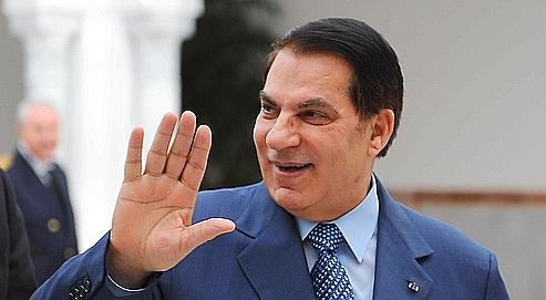 Le président Zineel-AbidineBen Ali a pris le pouvoiren 1987 en déposant Habib Bourguiba.