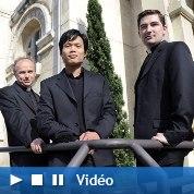 L'incroyable triomphe des Prêtres chanteurs