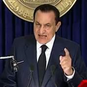 Moubarak résiste à la pression internationale