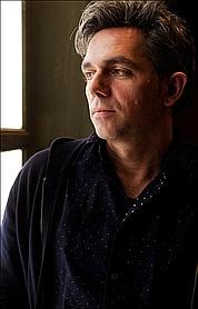 Laurent Pelly vient pourtant d'essuyer quelques critiques sévères pour son Jules César, avec Natalie Dessay.