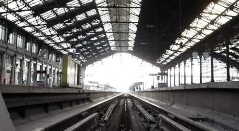 La RFF recommande qu'un seul tarif soit appliqué aux trains de voyageurs, qu'ils soient nationaux ou internationaux, à grande vitesse ou non.