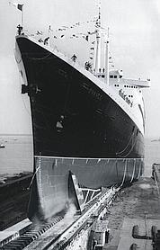 Ambassadeur de l'industrie française. Le paquebot, inauguré le 11 mai 1960 à Saint-Nazaire, est l'œuvre exclusive d'entreprises nationales.
