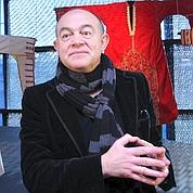 Christian Lacroix fait halte au Quai Branly