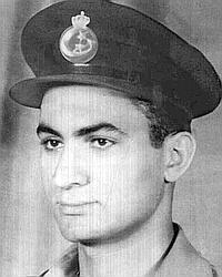 Hosni Moubarak en 1952, dans l'armée de l'air.