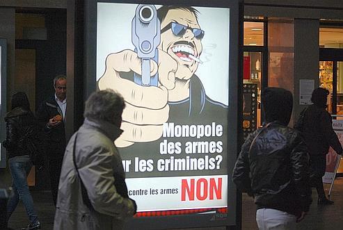 Les Suisses refusent de déposer leurs armes