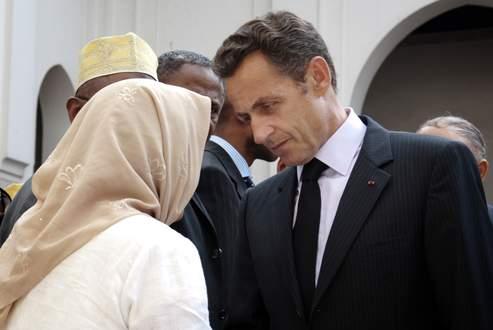 Nicolas Sarkozy a été alerté par des élus et les services de renseignements d'un durcissement de certaines revendications communautaires. Crédits photo: AFP/POOL/PHILIPPE WOJAZER.
