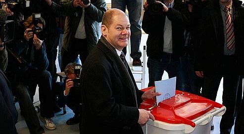Hambourg : le triomphe du SPD, un revers pour Merkel