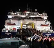 Des ressortissants turcs ont été évacués mercredi par ferry.