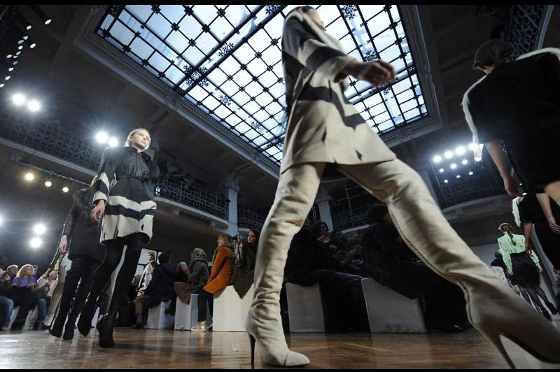 Dimanche 27 février, ouverture à Milan de la Fashion Week et présentation des collections de prêt-à-porter automne-hiver.