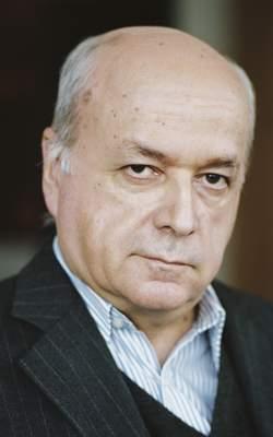 Pas une décision ne se prend à l'Opéra de Paris sans la signature de Nicolas Joel, son directeur.