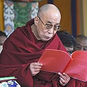 Le dalaï-lama renonce à son rôle politique