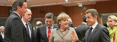 L'UE reconnaît la légitimité de l'opposition à Kadhafi