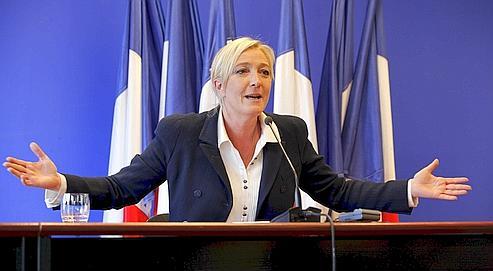 Marine Le Pen, Présidente du Front National, donne une conférence de presse au siège de son parti au lendemain du premier tour des élections cantonales 2011.