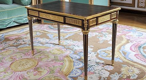 Le bureau de Marie-Antoinette revient à Versailles