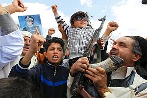 Des habitants pro-Kadhafi, à Bani Walid, à 130 km au sud-est de Tripoli.