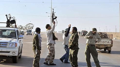 Libye : les insurgés seraient entrés dans Ajdabiya
