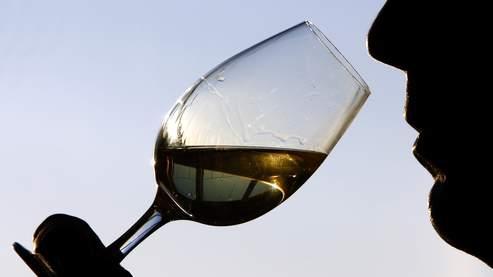 Les Français préfèrent boire de l'alcool à la maison