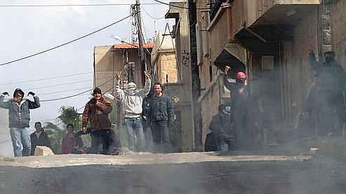 L'hôpital de Deraa a reçu des cadavres qui portaient des traces de balles. Crédits photo : Anwar Amro/AFP