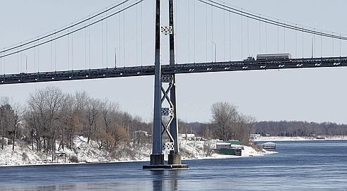 Entre Canada et États-Unis: la frontière de tous les trafics