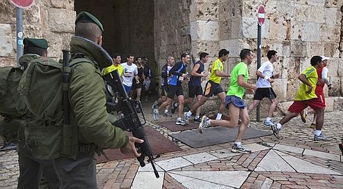 Haute sécurité et confusion au marathon de Jérusalem