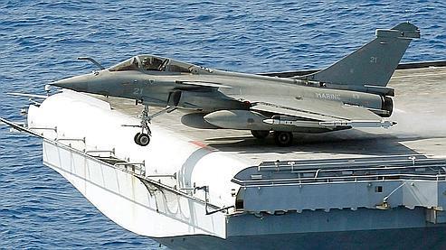 Libye l 39 aviation fran aise d truit au moins cinq avions - Porte avions charles de gaulle journal de bord ...