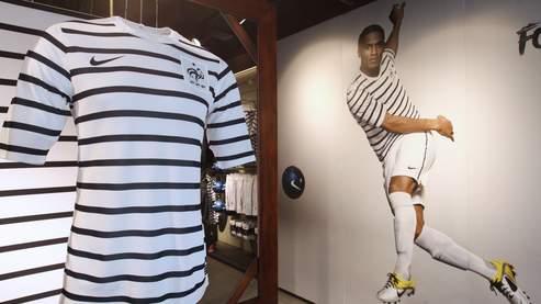 Nike donne un air marin à l'équipe de France de football