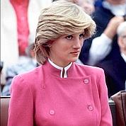 Lady Di attend l'héritier de la couronne