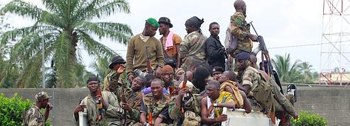 Ouattara annonce un blocus autour du bunker de Gbagbo