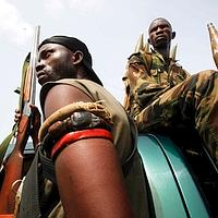 Des soldats fidèles à Alassane Ouattara, mercredi à Abidjan.
