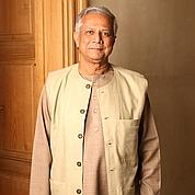 La chute de Yunus, Prix Nobel du microcrédit