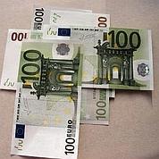 L'euro grimpe au-delà de 1,45 dollar