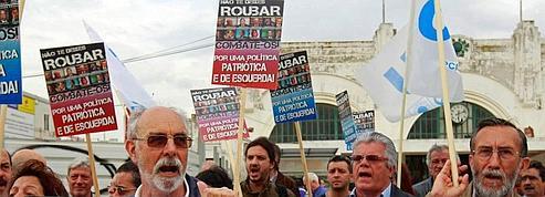 Lisbonne se prépare à une dure cure d'austérite