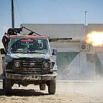 Des rebelles libyens lundi à Misrata, à l'est de Tripoli.