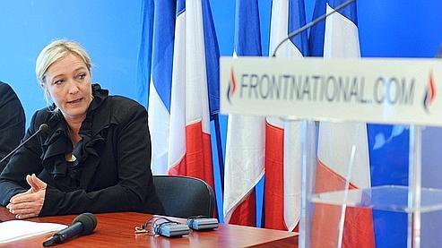 «Les grands serviteurs de l'Etat réellement soucieux de l'intérêt général n'ont aucune raison de redouter notre arrivée au pouvoir», explique Marine Le Pen.
