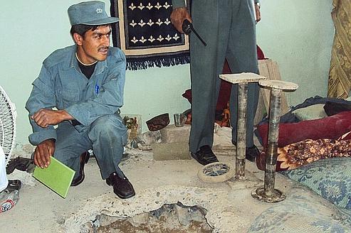 L'entrée du tunnel creusé dans une cellule de la prison de Kandahar.
