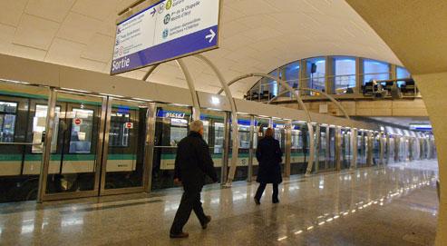 RATP - Ascenseur Handicap dans Coups de