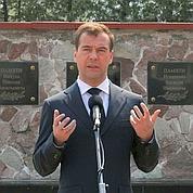 Nucléaire : Medvedev veut la transparence