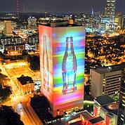 Coca-Cola célèbre ses 125 ans en fanfare