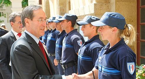 http://www.lefigaro.fr/medias/2011/05/13/80c5e9ca-7d96-11e0-bfbe-447629e42126.jpg